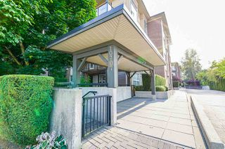 "Photo 3: 424 10707 139 Street in Surrey: Whalley Condo for sale in ""Aura 11"" (North Surrey)  : MLS®# R2479354"