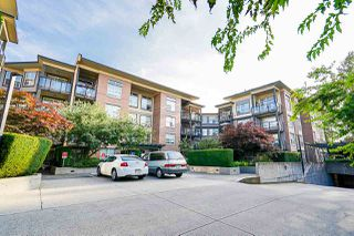 "Photo 4: 424 10707 139 Street in Surrey: Whalley Condo for sale in ""Aura 11"" (North Surrey)  : MLS®# R2479354"
