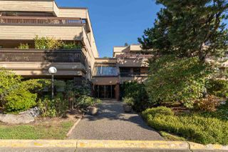 "Photo 2: 203 333 WETHERSFIELD Drive in Vancouver: South Cambie Condo for sale in ""Langara Court"" (Vancouver West)  : MLS®# R2503583"