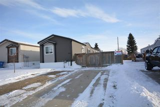 Main Photo: 8713 79A Street in Fort St. John: Fort St. John - City SE Manufactured Home for sale (Fort St. John (Zone 60))  : MLS®# R2517232