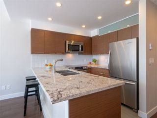 Photo 8: 302 5665 TEREDO Street in Sechelt: Sechelt District Condo for sale (Sunshine Coast)  : MLS®# R2519073