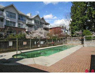 """Photo 10: 102 9668 148TH Street in Surrey: Guildford Condo for sale in """"Hartford Woods"""" (North Surrey)  : MLS®# F2708575"""