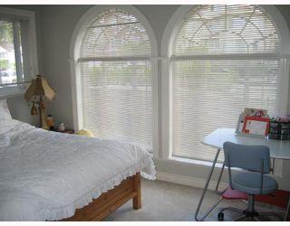 Photo 8: 7239 BARNET Road in Burnaby: Westridge BN House for sale (Burnaby North)  : MLS®# V652884