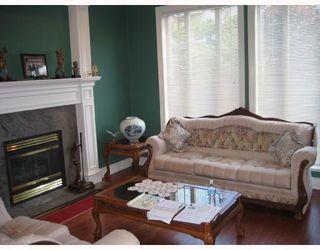 Photo 2: 7239 BARNET Road in Burnaby: Westridge BN House for sale (Burnaby North)  : MLS®# V652884