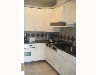 Photo 5: 7239 BARNET Road in Burnaby: Westridge BN House for sale (Burnaby North)  : MLS®# V652884