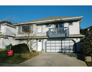 Photo 1: 22825 TELOSKY Avenue in Maple_Ridge: East Central House for sale (Maple Ridge)  : MLS®# V685529