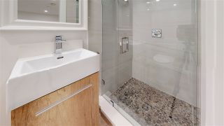 """Photo 14: 3015 PLYMOUTH Drive in North Vancouver: Windsor Park NV House for sale in """"WINDSOR PARK"""" : MLS®# R2400565"""