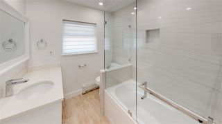 """Photo 15: 3015 PLYMOUTH Drive in North Vancouver: Windsor Park NV House for sale in """"WINDSOR PARK"""" : MLS®# R2400565"""