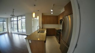 Photo 2: 1008 280 ROSS Drive in New Westminster: Fraserview NW Condo for sale : MLS®# R2444904