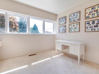 "Photo 10: 7744 LANGLEY Street in Burnaby: The Crest House for sale in ""The Crest"" (Burnaby East)  : MLS®# R2477013"