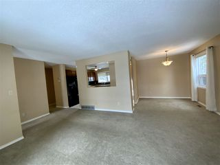 Photo 4: 244 Garnet Crescent: Wetaskiwin House for sale : MLS®# E4212807