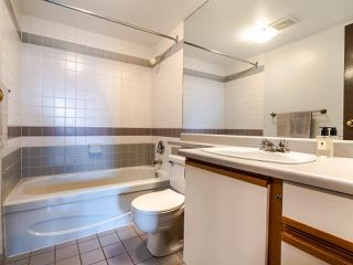 """Photo 16: 907 1026 QUEENS Avenue in New Westminster: Uptown NW Condo for sale in """"AMARA TERRACE"""" : MLS®# R2503171"""