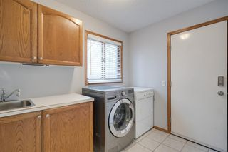 Photo 7: 219 Riverview Park SE in Calgary: Riverbend Detached for sale : MLS®# A1042474
