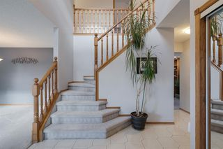 Photo 3: 219 Riverview Park SE in Calgary: Riverbend Detached for sale : MLS®# A1042474