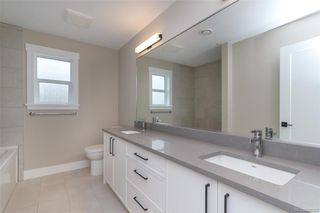 Photo 12: 1332 Flint Ave in : La Bear Mountain House for sale (Langford)  : MLS®# 860307
