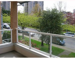 "Photo 2: 210 5568 BARKER Ave in Burnaby: Central Park BS Condo for sale in ""PARK VISTA"" (Burnaby South)  : MLS®# V645305"