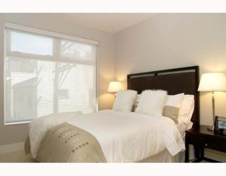 """Photo 4: 307 1477 W 15TH Avenue in Vancouver: Fairview VW Condo for sale in """"SHAUGHNESSY MANSIONS"""" (Vancouver West)  : MLS®# V648285"""
