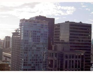"""Photo 4: 3001 438 SEYMOUR Street in Vancouver: Downtown VW Condo for sale in """"CONFERENCE PLAZA"""" (Vancouver West)  : MLS®# V675251"""