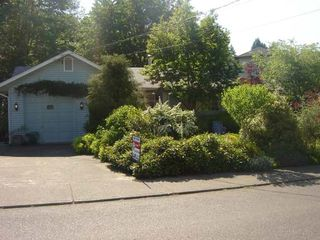 Photo 1: 1460 EMBLETON CRES in COURTENAY: Residential Detached for sale : MLS®# 258298