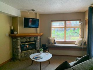 "Photo 10: 2050 LAKE PLACID Road in Whistler: Whistler Creek Condo for sale in ""Lake Placid Lodge"" : MLS®# R2423994"