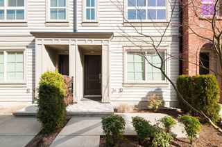 Photo 1: 26 16261 23A Avenue in Surrey: Grandview Surrey Townhouse for sale (South Surrey White Rock)  : MLS®# R2447456