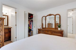 Photo 18: 36 HUNTERBURN Place NW in Calgary: Huntington Hills Detached for sale : MLS®# C4292694