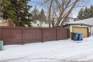 Photo 36: 36 HUNTERBURN Place NW in Calgary: Huntington Hills Detached for sale : MLS®# C4292694