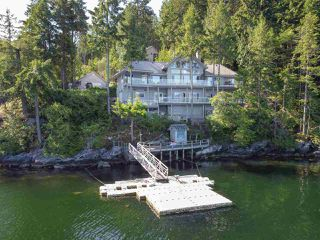 Photo 2: 6129 - 6133 CORACLE Drive in Sechelt: Sechelt District House for sale (Sunshine Coast)  : MLS®# R2456489