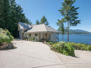 Photo 6: 6129 - 6133 CORACLE Drive in Sechelt: Sechelt District House for sale (Sunshine Coast)  : MLS®# R2456489