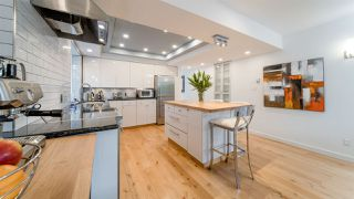 Photo 9: 1645 STEPHENS Street in Vancouver: Kitsilano House 1/2 Duplex for sale (Vancouver West)  : MLS®# R2462939