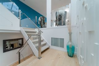 Photo 3: 1645 STEPHENS Street in Vancouver: Kitsilano House 1/2 Duplex for sale (Vancouver West)  : MLS®# R2462939