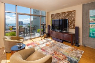 Photo 5: DOWNTOWN Condo for rent : 2 bedrooms : 800 The Mark Ln #2704 in San Diego