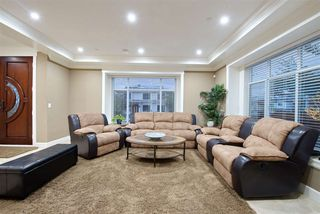 Photo 5: 1488 E 30TH Avenue in Vancouver: Knight House for sale (Vancouver East)  : MLS®# R2472024
