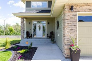 Photo 2: 12807 200 Street in Edmonton: Zone 59 House for sale : MLS®# E4205082
