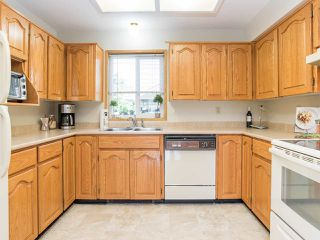 """Photo 6: 7 32286 7 Avenue in Mission: Mission BC Townhouse for sale in """"Luther Place"""" : MLS®# R2508452"""