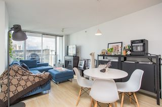 "Main Photo: 1005 188 KEEFER Place in Vancouver: Downtown VW Condo for sale in ""Espana 2"" (Vancouver West)  : MLS®# R2513107"
