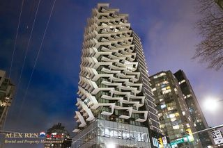 Photo 1:  in Vancouver: Downtown Condo for rent : MLS®# AR137