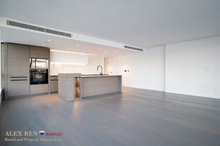 Photo 12:  in Vancouver: Downtown Condo for rent : MLS®# AR137