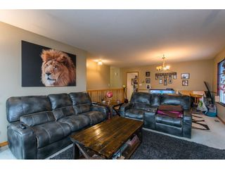 Photo 5: 18923 124 Avenue in Pitt Meadows: Central Meadows House for sale : MLS®# R2526554