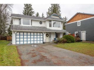 Photo 2: 18923 124 Avenue in Pitt Meadows: Central Meadows House for sale : MLS®# R2526554