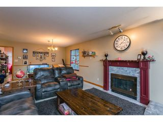 Photo 6: 18923 124 Avenue in Pitt Meadows: Central Meadows House for sale : MLS®# R2526554