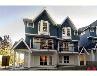 "Photo 1: 34 5889 152 Street in Surrey: Sullivan Station Townhouse for sale in ""Sullivan Gardens"" : MLS®# F2809298"