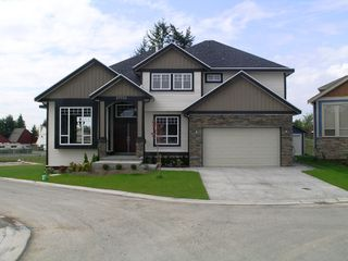 Main Photo: 27733 SIGNAL Court in Abbotsford: Aberdeen House for sale : MLS®# F2814219