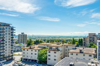 "Photo 1: 1006 615 BELMONT Street in New Westminster: Uptown NW Condo for sale in ""Belmont Towers"" : MLS®# R2389177"