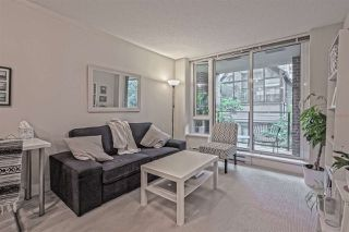 """Photo 3: 202 1088 RICHARDS Street in Vancouver: Yaletown Condo for sale in """"RICHARDS"""" (Vancouver West)  : MLS®# R2403889"""