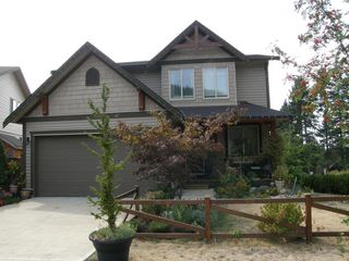Photo 1: 10795 BEECHAM PLACE in MAPLE RIDGE: Home for sale : MLS®# V1138142