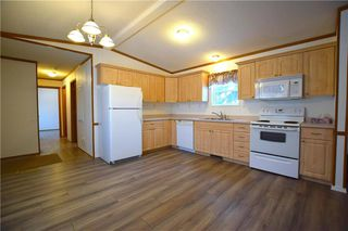 Photo 4: 42 Alder Crescent in St Clements: Pineridge Trailer Park Residential for sale (R02)  : MLS®# 202001868
