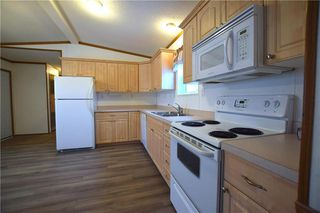 Photo 7: 42 Alder Crescent in St Clements: Pineridge Trailer Park Residential for sale (R02)  : MLS®# 202001868
