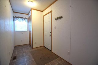 Photo 3: 42 Alder Crescent in St Clements: Pineridge Trailer Park Residential for sale (R02)  : MLS®# 202001868