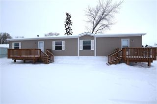 Photo 1: 42 Alder Crescent in St Clements: Pineridge Trailer Park Residential for sale (R02)  : MLS®# 202001868